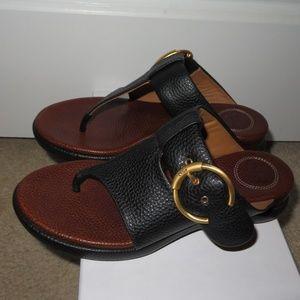 Chloé Wave Black Leather Flat Sandals 38